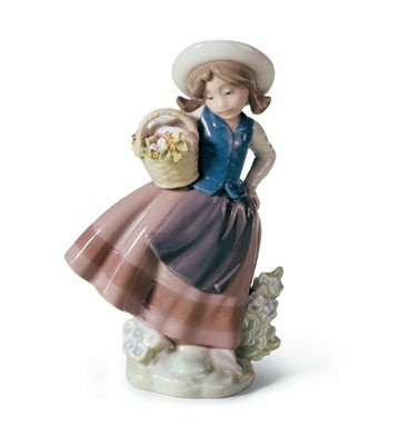 Lladro sweet scent porcelain figurine - Consider including lladro porcelain figurines home decoration ...
