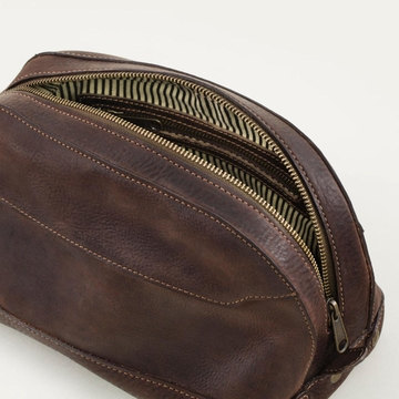 Mission Mercantile Stateroom Wash Bag Oil Leather