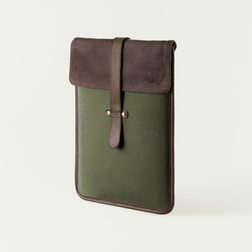 Mission Mercantile Vertical Laptop Sleeve Forest - Oil Leather