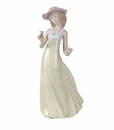 "Nao by Lladro Porcelain ""Gentle breeze"" Figurine"