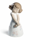 Nao by Lladro Porcelain Love is her Figurine