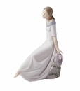 "Nao by Lladro Porcelain ""Romantic dreams"" Figurine"