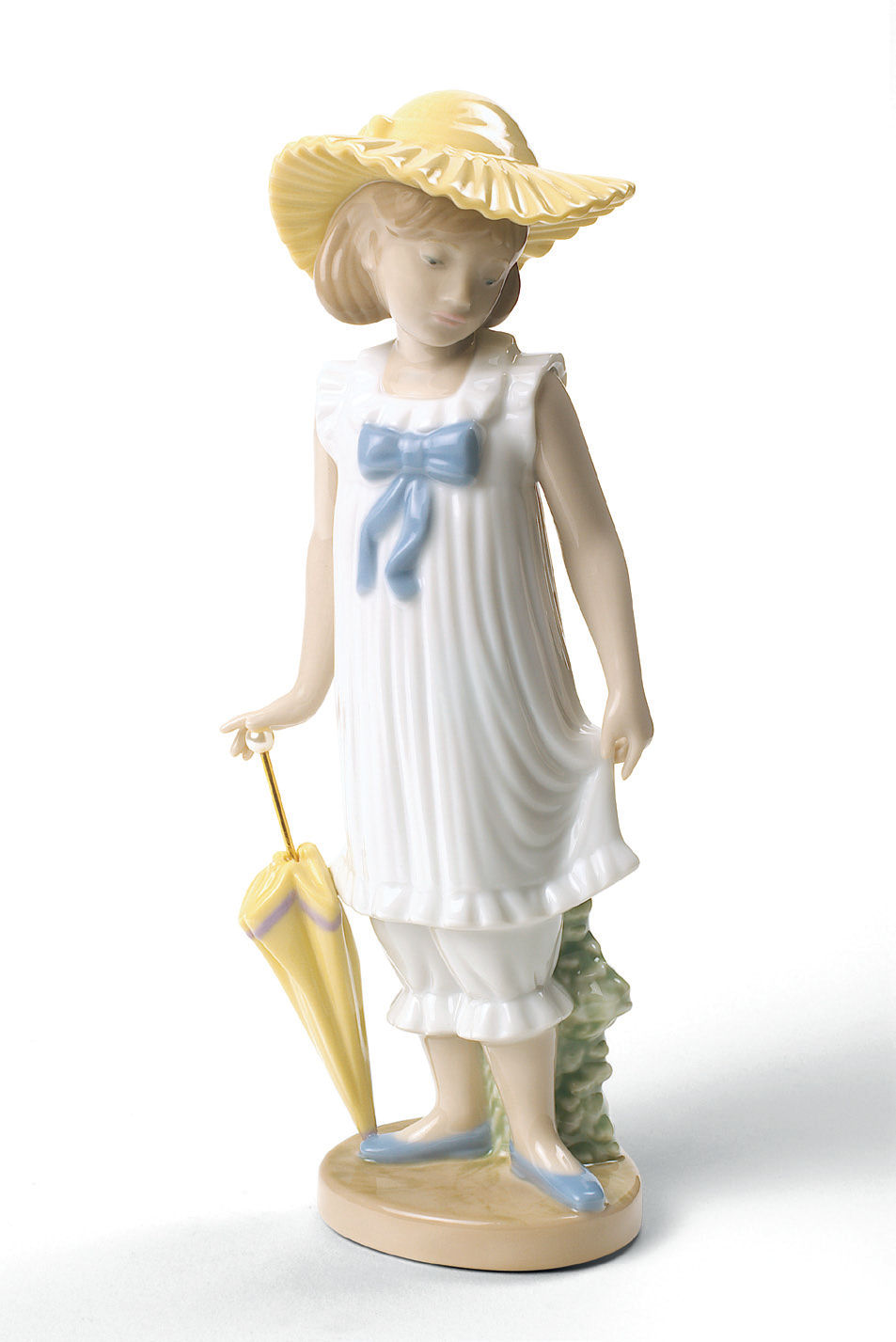 Nao by lladro porcelain april showers figurine special edition - Consider including lladro porcelain figurines home decoration ...
