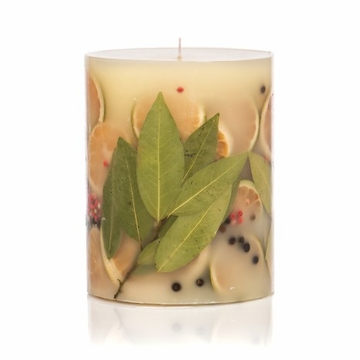 Rosy Rings Bay Garland 5'' Tall Round Botanical Candle