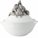 Vagabond House Soup Tureen - Sea Food Bisque