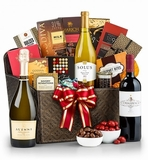 Why Wine Gift Baskets Make a Great Gift for Anyone
