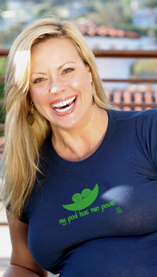 "SOLD OUT 2 Chix ""My Pod Has Two Peas"" Maternity Tee"