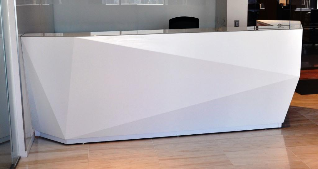 Reception desks ada compliant arnold contract ardesk for Reception furniture