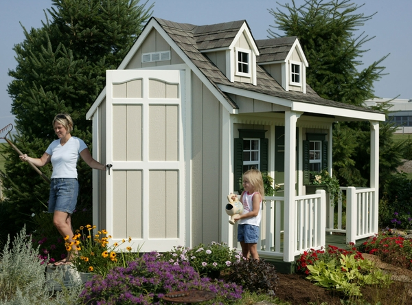 Download free playhouse plans with porch plans free for Free playhouse blueprints