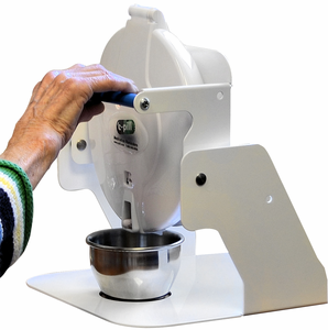 Automatic Pill Dispenser Helps Disabled Folks Take Their Pills