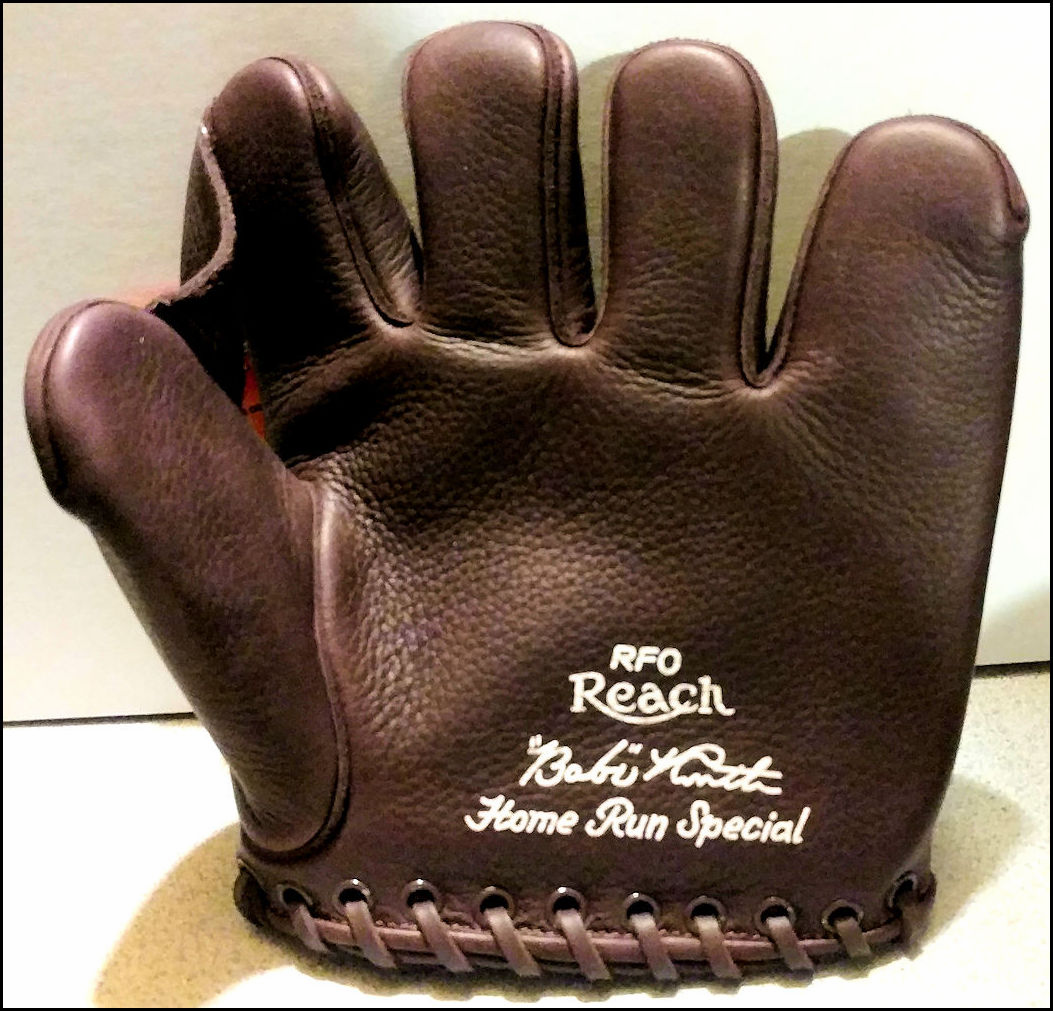 Babe Ruth Replica Leather Fielder's Glove