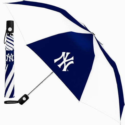 McArthur Sports New York Yankees Auto Fold totes Umbrella<br>ONLY 8 LEFT!