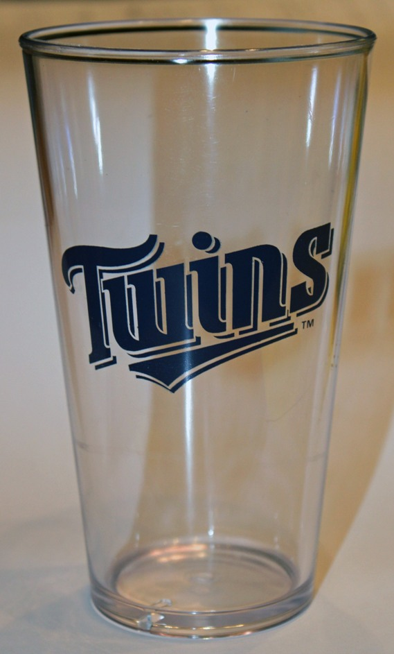 Minnesota Twins 4pc Plastic Pint Set<br>ONLY 2 SETS LEFT!