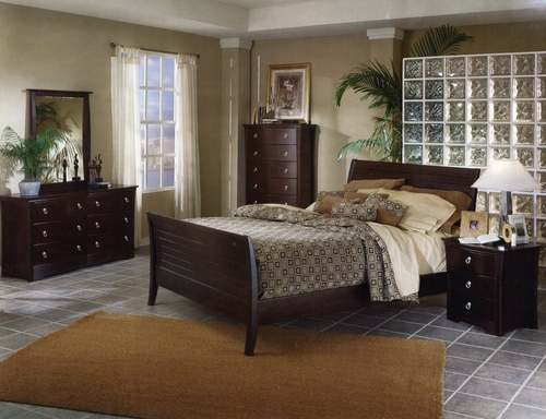Bedroom Furniture - Bedroom Furniture Set in Mocha Finish with Solid Wood and Wood Veneers