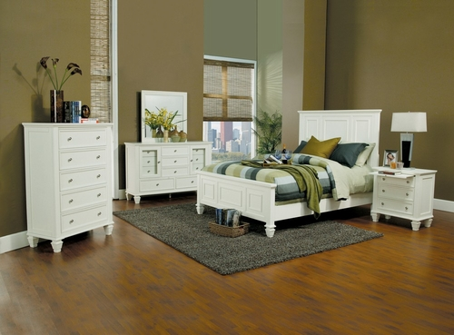 Sandy Beach Queen Size Bedroom Furniture Set in White - Coaster - 201301Q-BSET