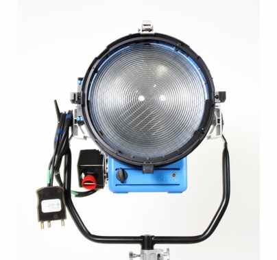 DEMO Arri T12 12K Tungsten Fresnel Light