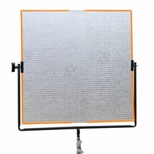 Matthews Expendable Reflector Matthboard 40x40 in. Fill