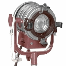Parts 3131 Mole BeTweenie 300W Fresnel