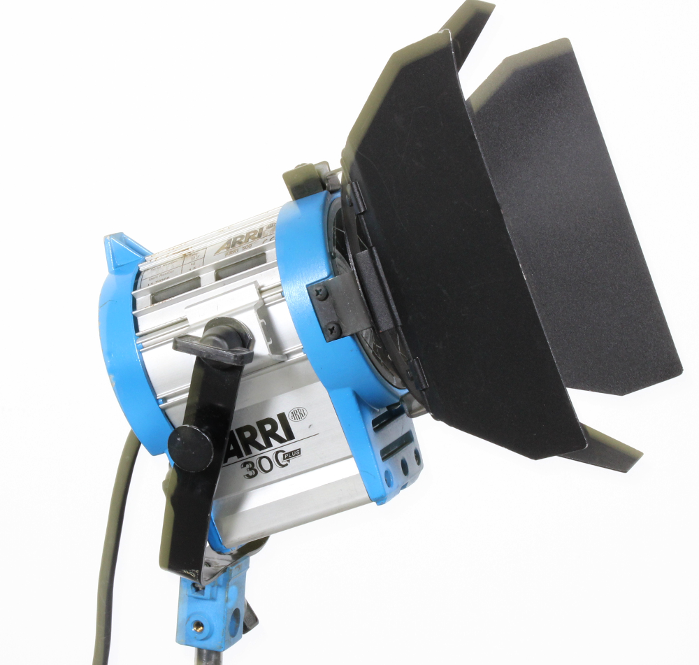 Used Arri 300w Tungsten Fresnel Light With Barndoors On Sale