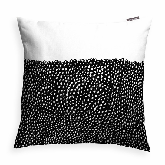 Finlayson Kuru Throw Pillow