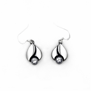 FinnFeelings Rock Crystal Hook Earrings