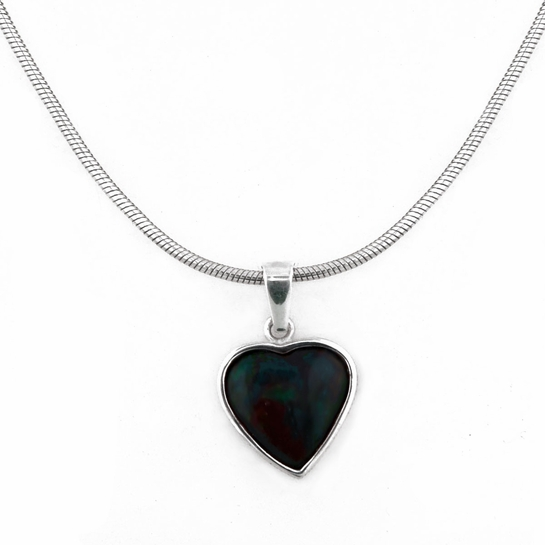FinnFeelings Spectrolite Heart Pendant Necklace