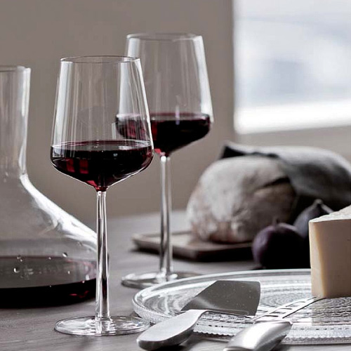 iittala essence red wine glasses set of 4 unique gifts. Black Bedroom Furniture Sets. Home Design Ideas