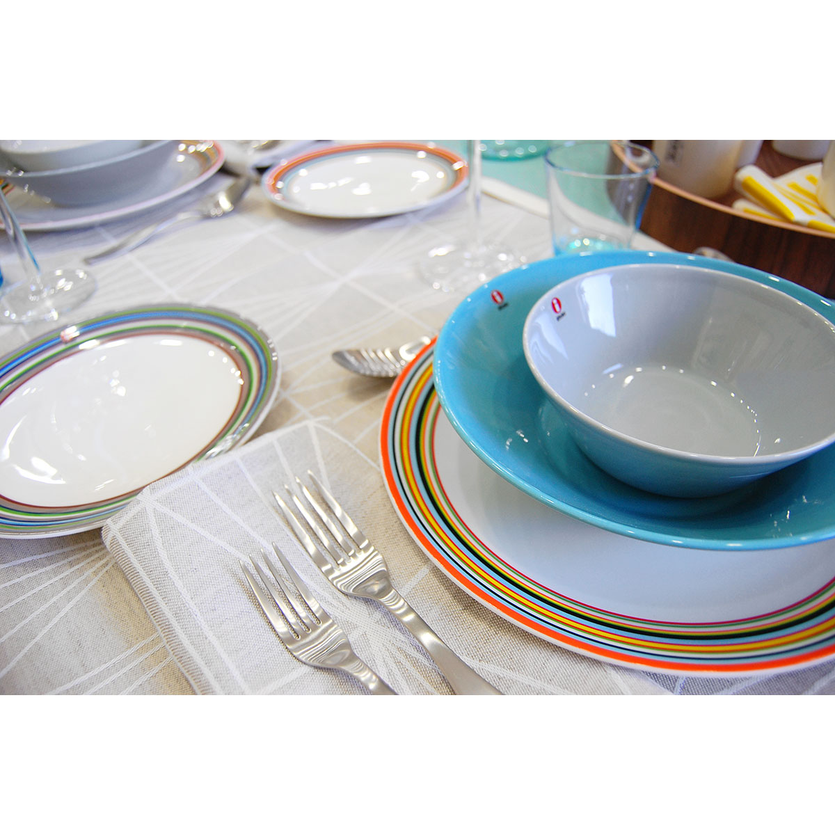 iittala teema turquoise pasta bowl iittala teema turquoise dinnerware. Black Bedroom Furniture Sets. Home Design Ideas