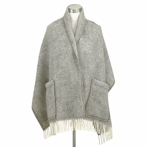 Lapuan Kankurit Maria Grey/Ivory Wool Pocket Shawl