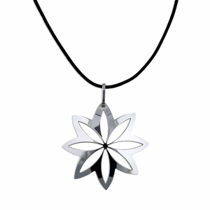 Pohjolan Helmi Flower Necklace