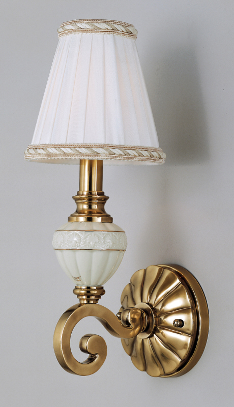 Lx8701h quoizel lighting lenox wall sconce lighting amipublicfo Image collections
