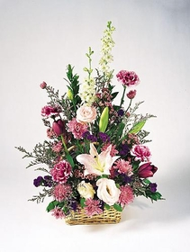 T040-01 Pink and Lavender Basket
