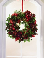 T078-01 Magnolia and Ivy Wreath