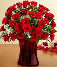 Bountiful ™Bouquet red roses