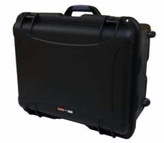 """Gator Cases Black injection molded case with pullout handle, inline wheels, and Interior dims 20.5"""" x 15.3"""" x 10.1"""". NO FOAM - GU-2015-10-WPNF"""