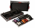 """Gator Cases Large tour grade pedal board and flight case for 10-14 pedals. Removable 24""""x11"""" pedal board surface and inline wheels - G-TOUR PEDALBOARD-LGW"""