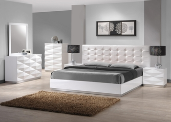 J&M Verona Queen Bed
