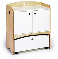 Bebe 2 Changing Table by Offi