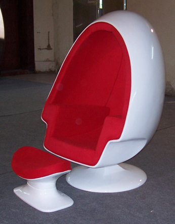 Amazing Speaker Egg Chair   Click To Enlarge