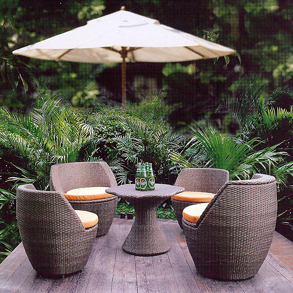 Vase Stacking Rattan Patio Furniture Set