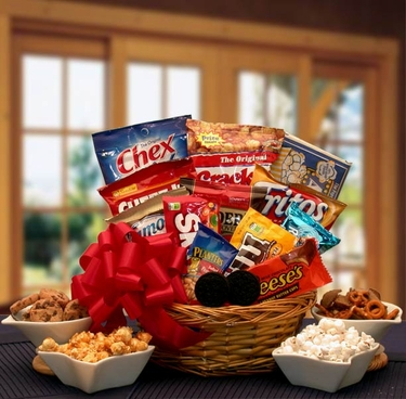 Snack Lovers Classic Sampler Gift Basket