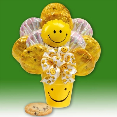 """""""We Make You Smile"""" Gourmet Cookie Bouquet"""