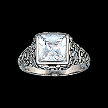 Mountain Princess Solitaire Ring
