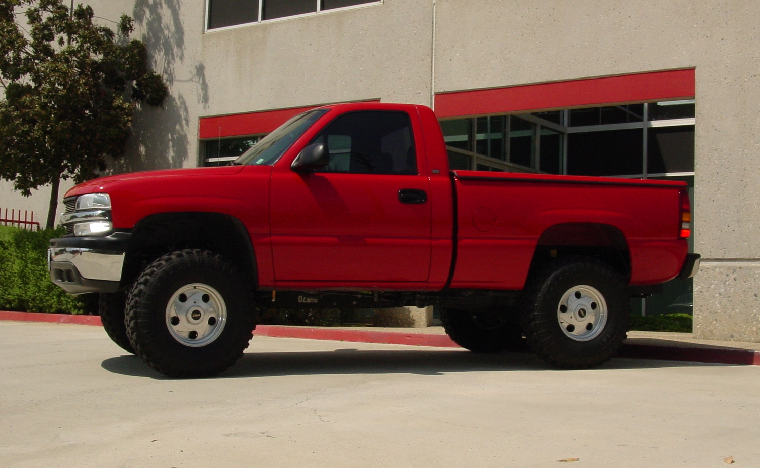 1999 2006 chevy silverado gmc sierra 1500 2wd models spindle lift kit by cst suspension 4 front lift