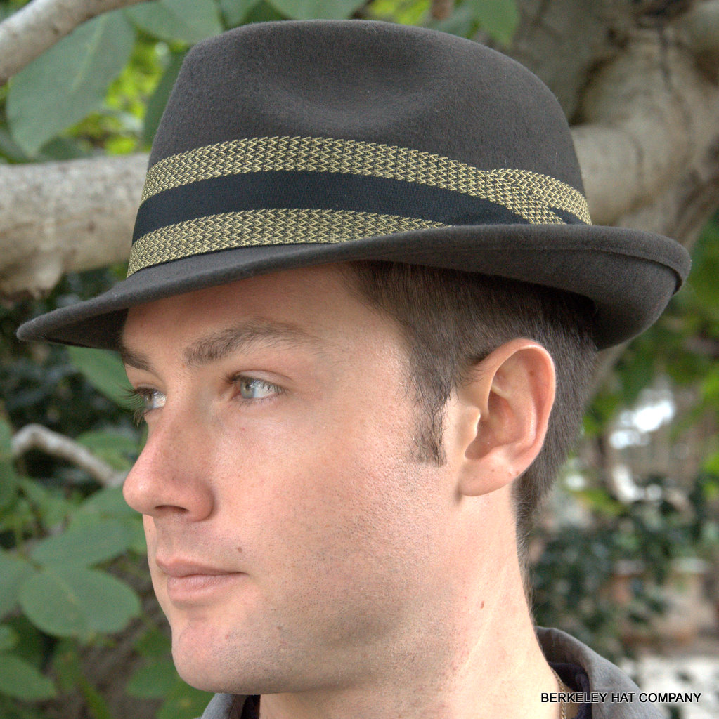 Later, the fedora hat style grew in popularity as a type of men's hat, for its Free 30 Day Returns· Safe & Secure Checkout· Craftsmanship GuaranteeStyles: Fedora, Safari, Boater, Ivy, Fisherman.