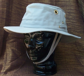 Tilley Hat T3 Natural with Green Underbrim