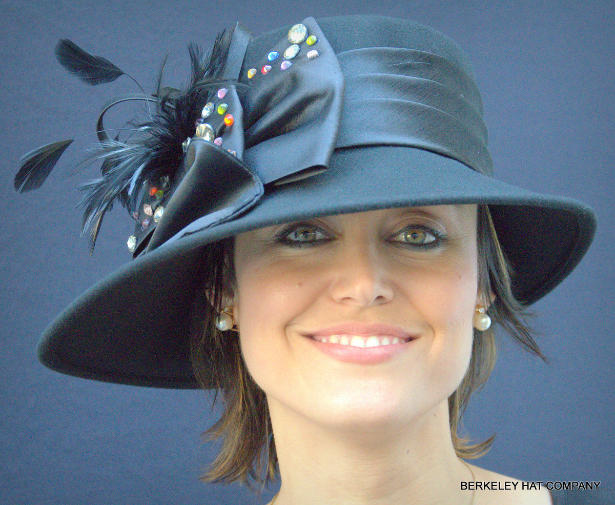 Felt Women's Dress Hat with Multicolored Stones