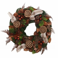18in. Elegant Golden Fresh Wreath
