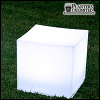 "20""L x 20""W x 18""H Bernini Illuminated Cube Seat"