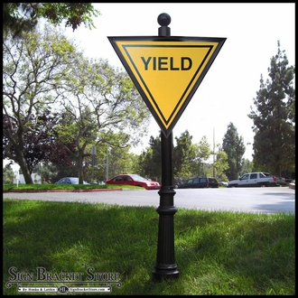 30in Aluminum YIELD Sign Frame